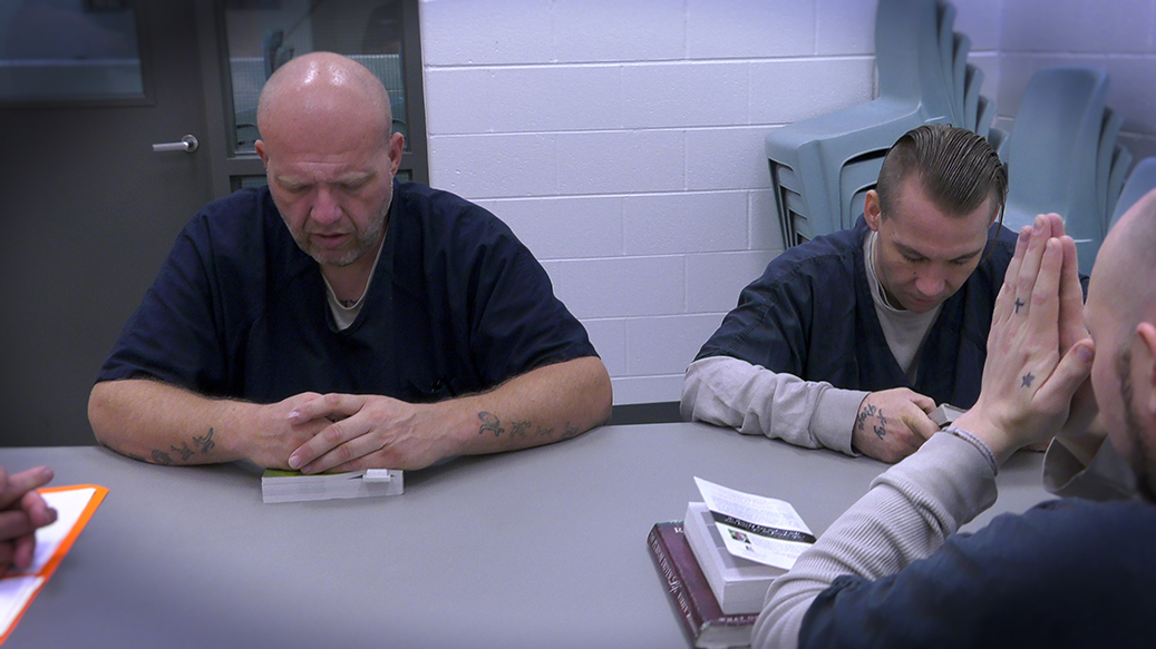 praying-kentucky-jail-ministries